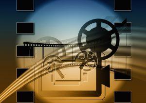 Kamera eingerahmt von Filmstreifen